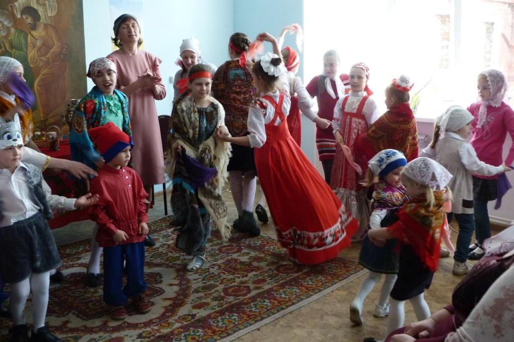 Занятия в воскресной школе для детей